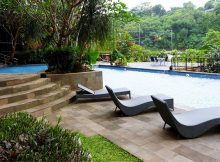Hotel-Murah-di-Semarang-Emerald-Oak-Tree-Resort